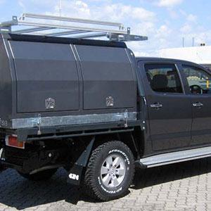 1800-Lt-Service-on-hi-Lux-rear