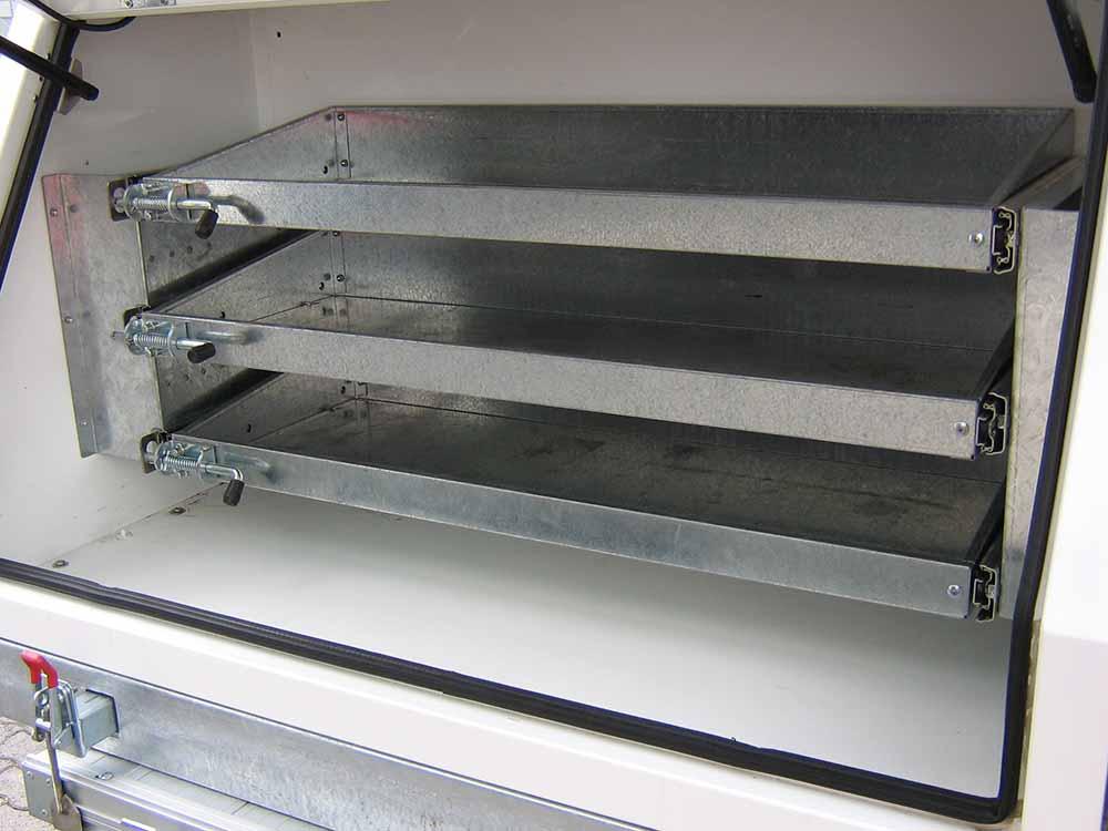 4x sliding draw 698mm x 450mm