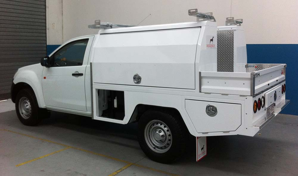 FM-2400-Mechanic-2