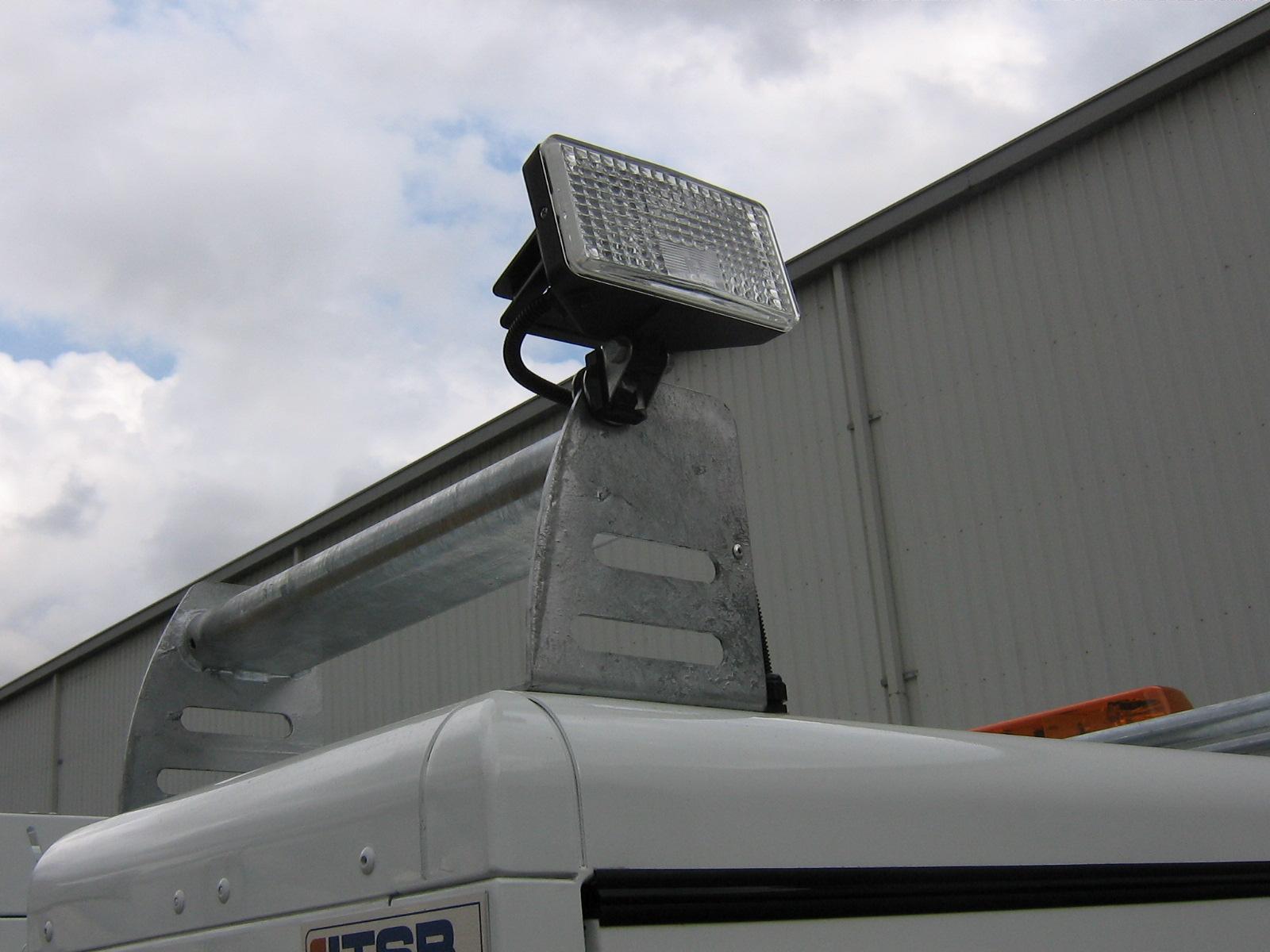 led flood light - single wide beam
