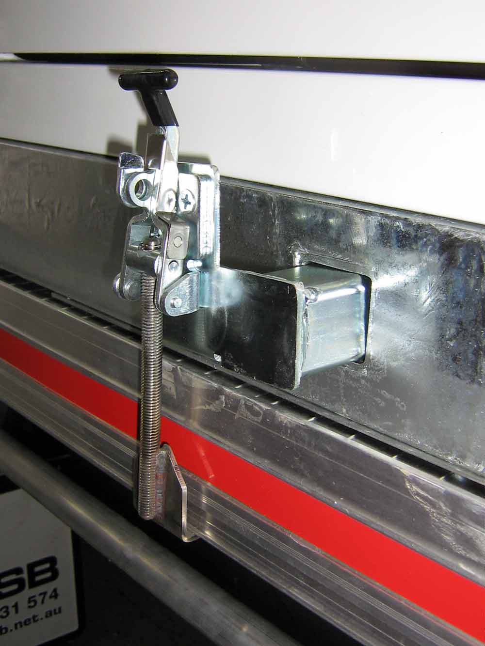 lift-off clamp