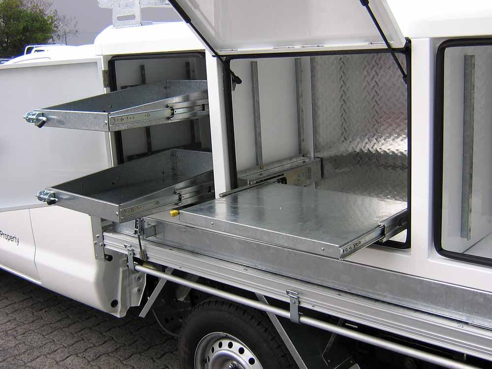 sliding workbench 698mm x 450mm